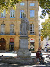 Photo: And finally, La Fontaine du Roi Rene (early 19th century), the popular and enlightened king who ruled during Aix' golden age in the latter half of the 15th century.