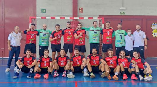 Contundente primera victoria a domicilio del Agrinova BM Roquetas