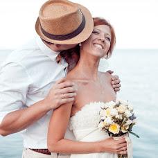 Wedding photographer Olga Kotlyarova (oLIVE). Photo of 14.11.2014