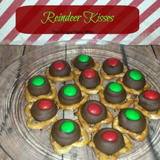 12 Days of Christmas Candy | Reindeer Kisses