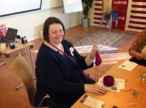 Photo: Sandy Zetterlund hade workshop i hur man stickar strumpor med Magic Loop teknik