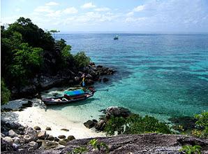 """Photo: ได้ชื่อว่า """"มัลดีฟเมืองไทย """" หนึ่งในหมู่เกาะตะรุเตา www.remawadee.com"""