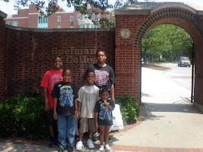 Photo: kids in front of Spelman College