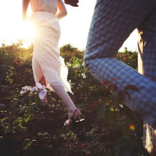 Wedding photographer Anna Kokareva (Elfoto). Photo of 09.10.2013