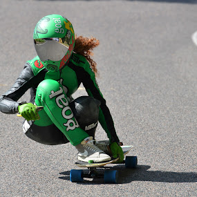 Downhill queen by Alberto Schiavo - Sports & Fitness Skateboarding