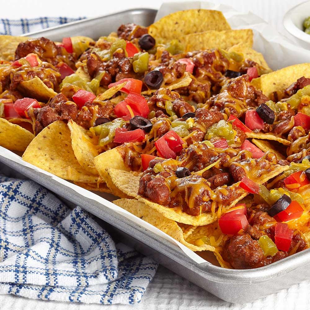 best-snacks-with-beer_loaded_nachos