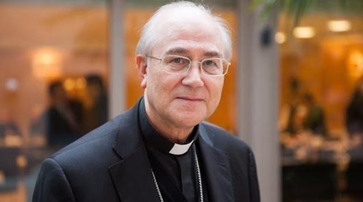 """El obispo: """"No es el momento"""" para tramitar leyes de educación y eutanasia"""