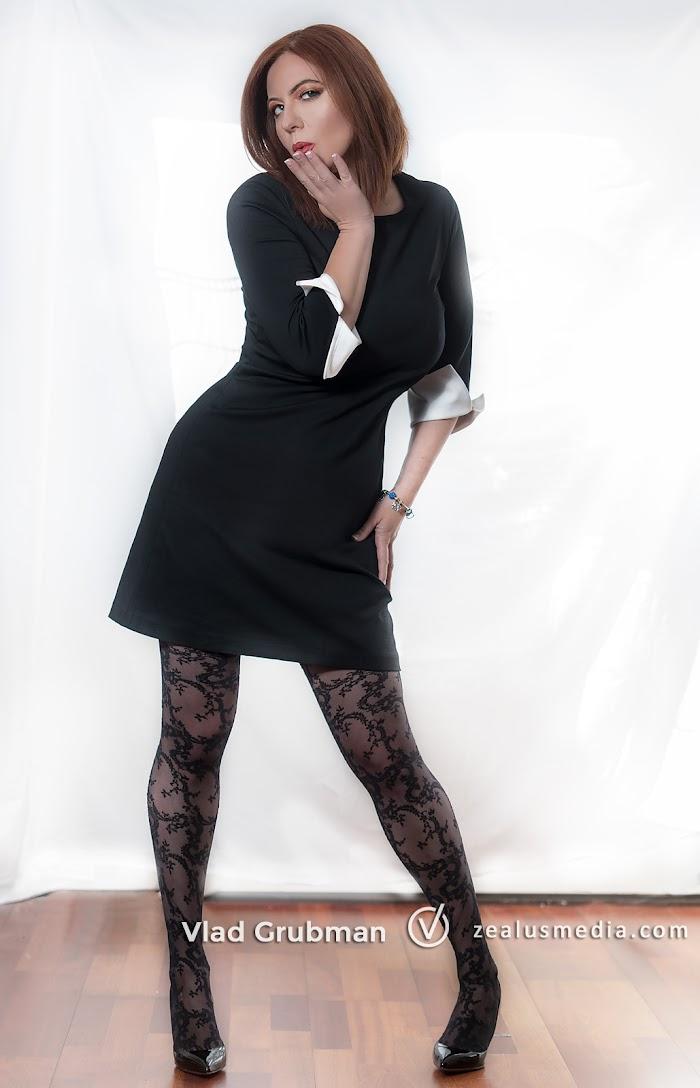 Sexy dress - photography by Vlad Grubman / Zealusmedia.com