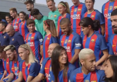 Le Barça innove pour sa photo officielle !