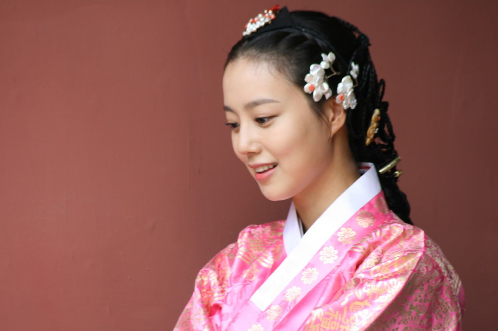Moon_Chae-won_at_The_Princess'_Man_poster_shooting_149
