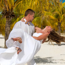 Wedding photographer Anna Gerra (annagerra). Photo of 13.03.2016