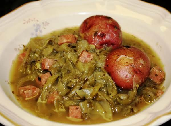 Country Style Kicked Up Fresh Green Beans, Ham And New Potatoes