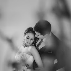 Wedding photographer Natalya Bekhovec (BEHOVETS). Photo of 04.05.2016