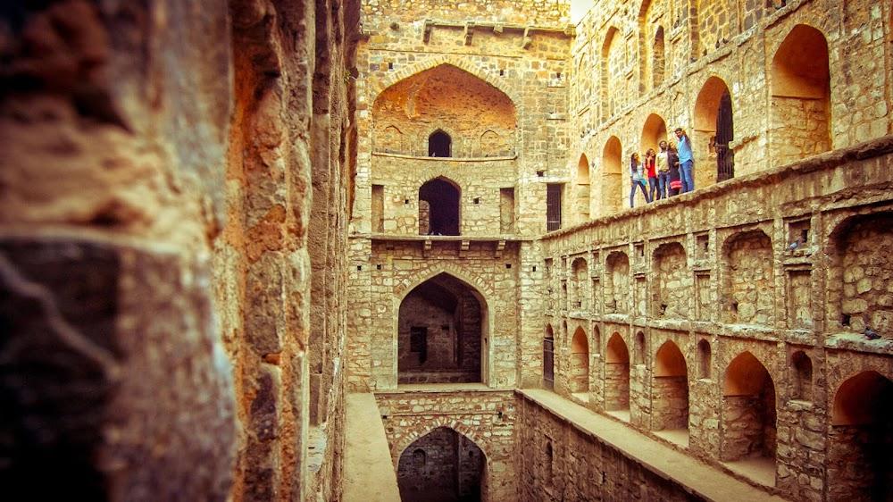 top-things-to-do-in-delhi_agrasen_ki_baoli_1