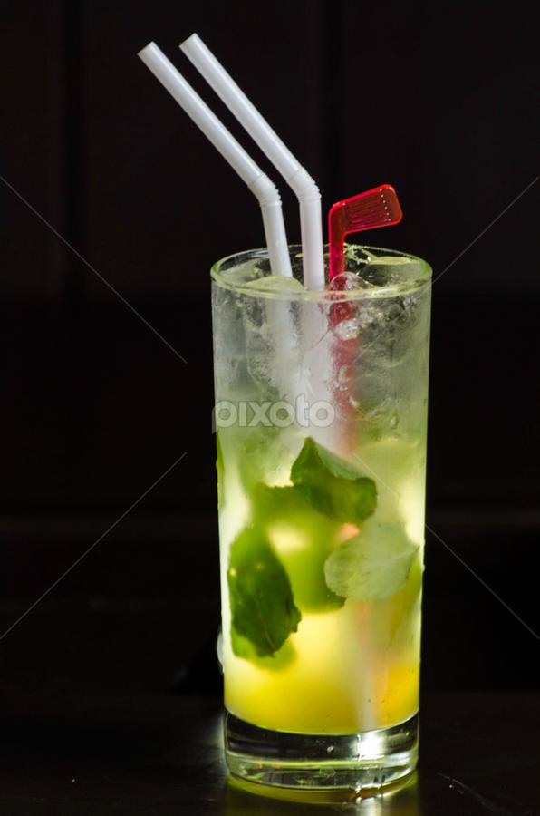Mojito by Fico Stein Montagne - Food & Drink Alcohol & Drinks ( trago, mojito, drink, licor, nikon d7000, liquor,  )