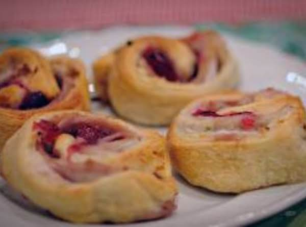 Turkey Cranberry Pinwheels Recipe