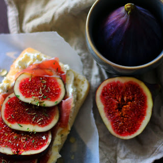 Fig and Prosciutto Sandwiches with Whipped Cheese and Honey Recipe