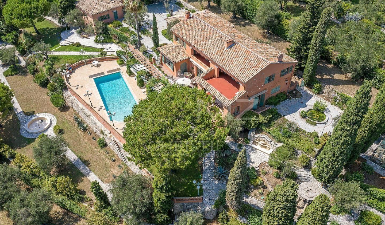 Villa with pool Vence