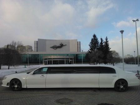Mercedes-Benz 221 в Екатеринбурге