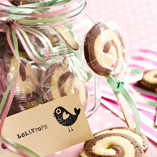 Swirl Cookie Pops