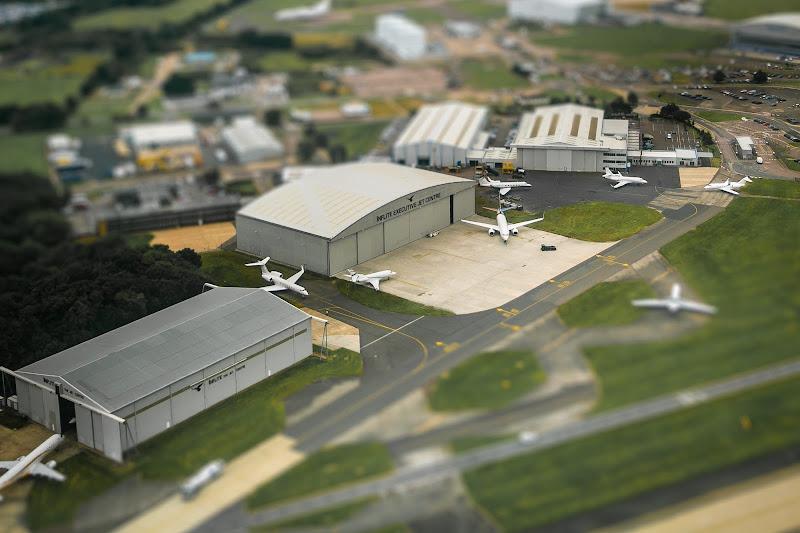 Jet Centre Game di a. ©lass