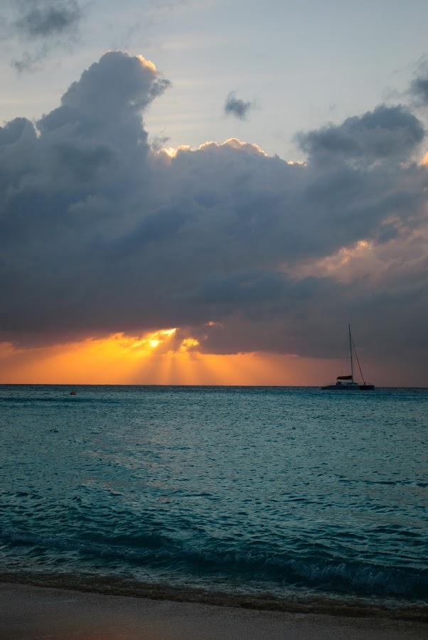 Grand Cayman sunset by David Harris - Landscapes Travel ( clouds, sunset, grand cayman, cayman, dusk, caribbean )