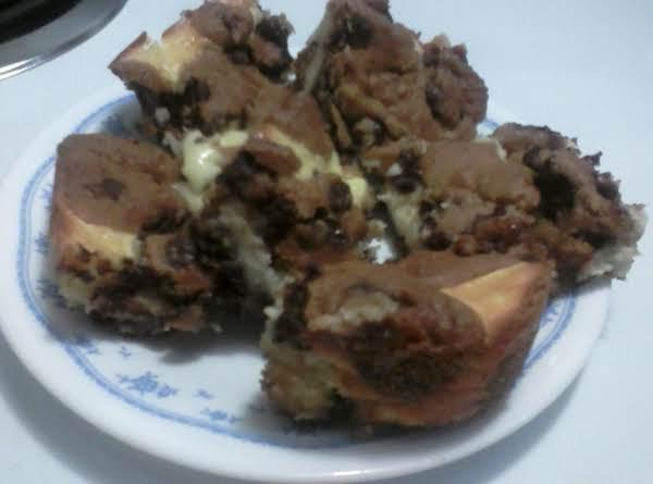 Chocolate Chip Cheese Bars Recipe
