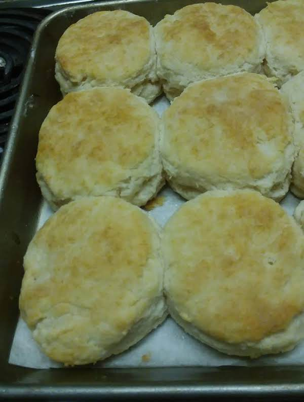 Biscuits That Are Good With Tomato Gravy!