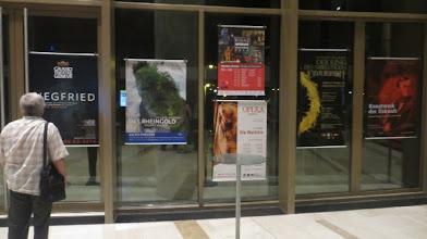 """Photo: Budapest - Palast der Künste. Schauplatz der Ausstellung """"Ring-Poster"""" Juni 2014. Foto: Dr. Klaus Billand"""