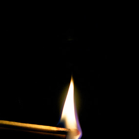 Matching by T.J. Wolsos - Artistic Objects Other Objects ( matches, pwcfire, match, lighter, fire, flame )