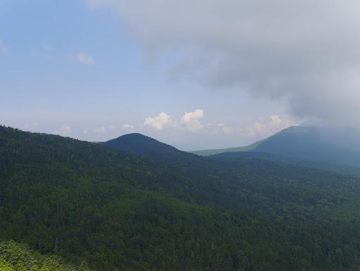 丸山(奥の北アルプスは雲の中・・・)
