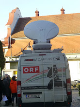 Photo: Selbst der Satelliten -Übertragunsgwagen ist adventlich beschriftet.