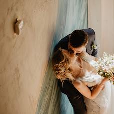Wedding photographer Asya Molochkova (emptyredhead). Photo of 19.08.2018