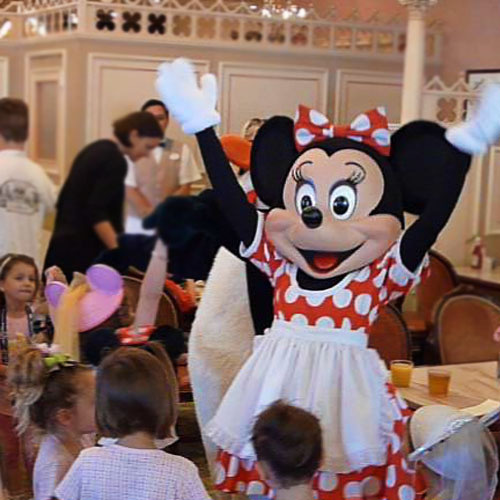 Minnie will come by and visit you at your table, as will her friends.
