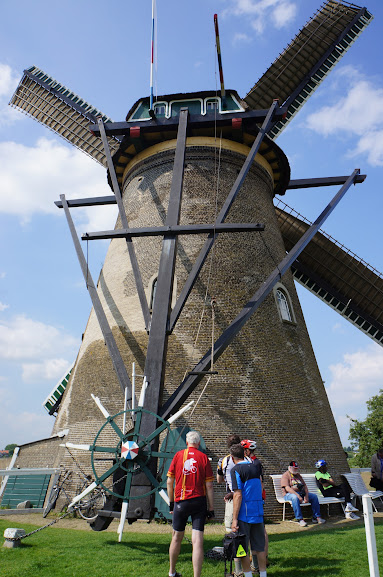 Demonstration mill at Kinderdijk, Holland (2014)