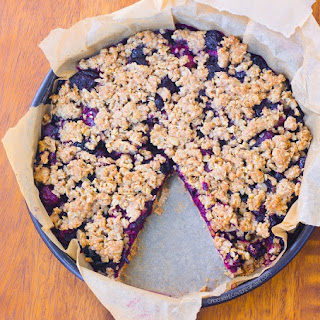 Oatmeal Cherry Crumble Pie – Clean Eating