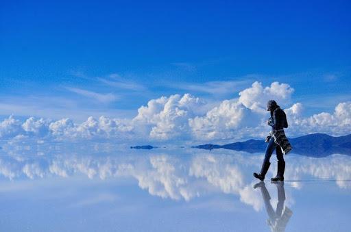 The mesmerizing salt flats in Salar de Uyuni, Bolivia.