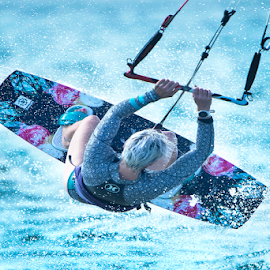 by Trevor Bond - Sports & Fitness Watersports ( kiteboaring )