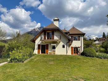 maison à Menthon-Saint-Bernard (74)