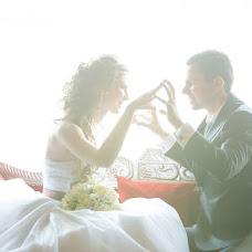 Wedding photographer Andrey Bardin (lephotographe). Photo of 26.03.2013