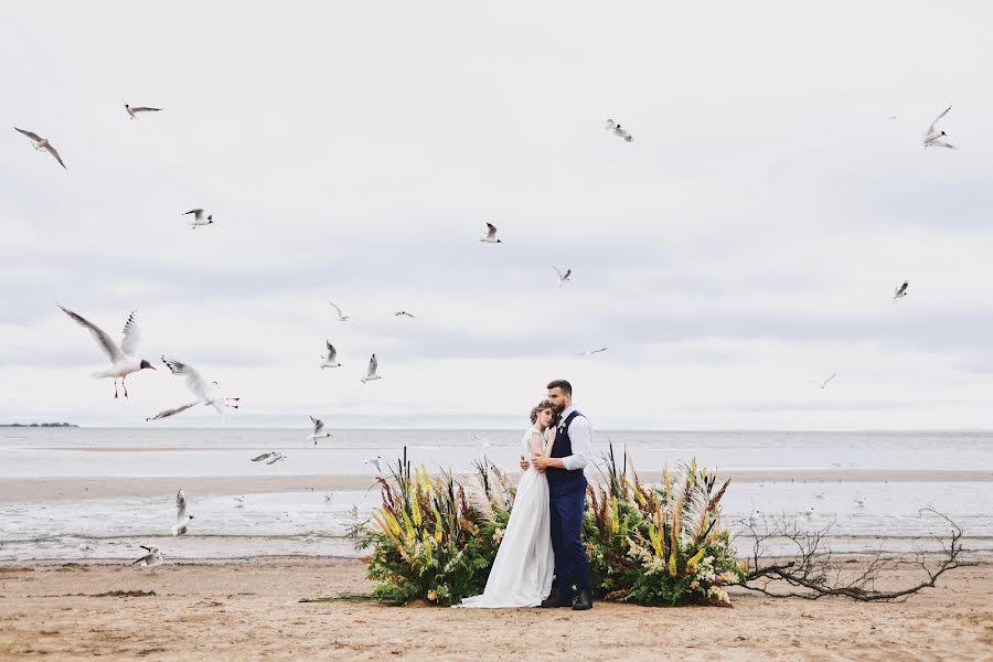 Wedding photographer Слава Семенов (ctapocta). Photo of 10.07.2019