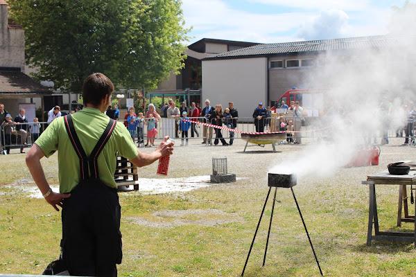 Feuerlöschspray zur einfachen und effektiven Bekämpfung von Entstehungsbränden