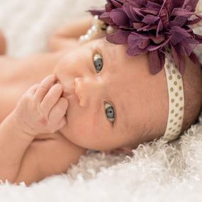 Baby Elizabeth by Rob & Zet Sample - Babies & Children Babies