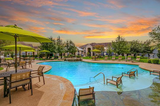 Residence at Lake Jackson's resort-style swimming pool