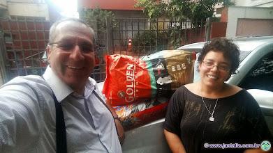 Photo: Ração para os adotados da Profa. Ana Cristina
