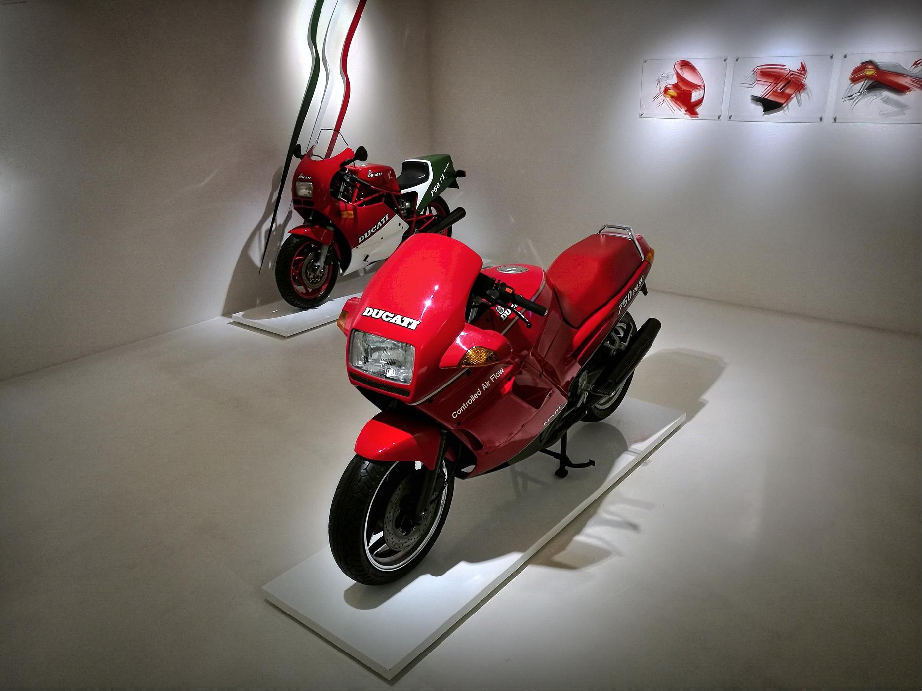 Ducati Desmo 750 Paso di bepi1969
