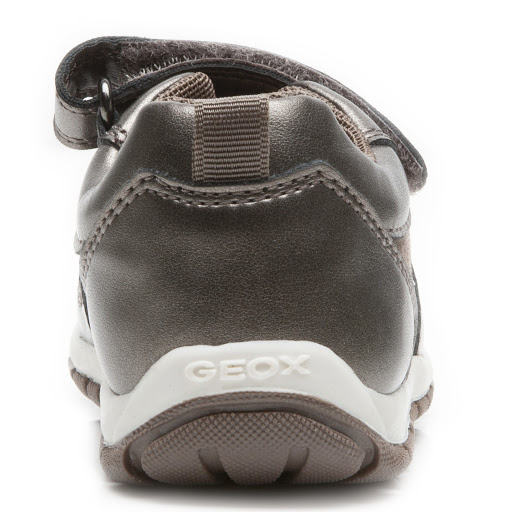Thumbnail images of Geox B Shaax Trainer