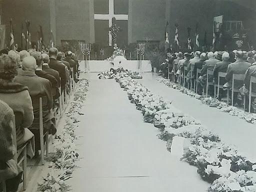 Svend Aage Thomsens begravelse på DJI