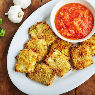 Crispy Zucchini Chips with Roasted Tomato Dipping Sauce.