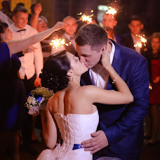 Wedding photographer Lyudmila Sirotkina (LudmilaSiro). Photo of 12.11.2015